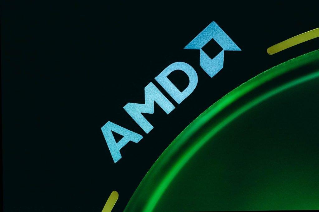 Eerste Clevo Laptop met AMD Ryzen 4000 Series